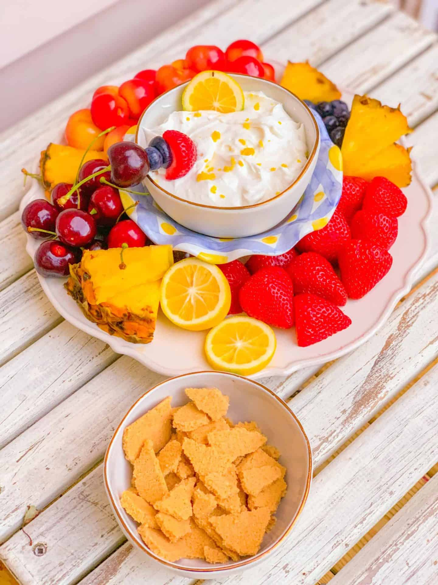 How to make lemon fruit dip with cream cheese