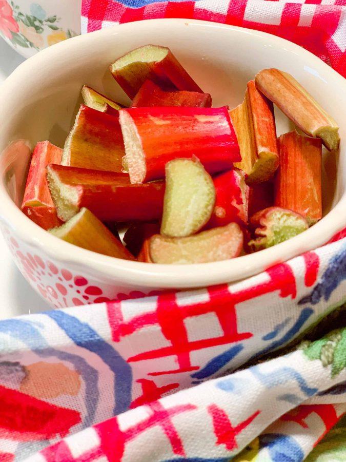 """fresh cut 1"""" rhubarb stalks in a bowl"""