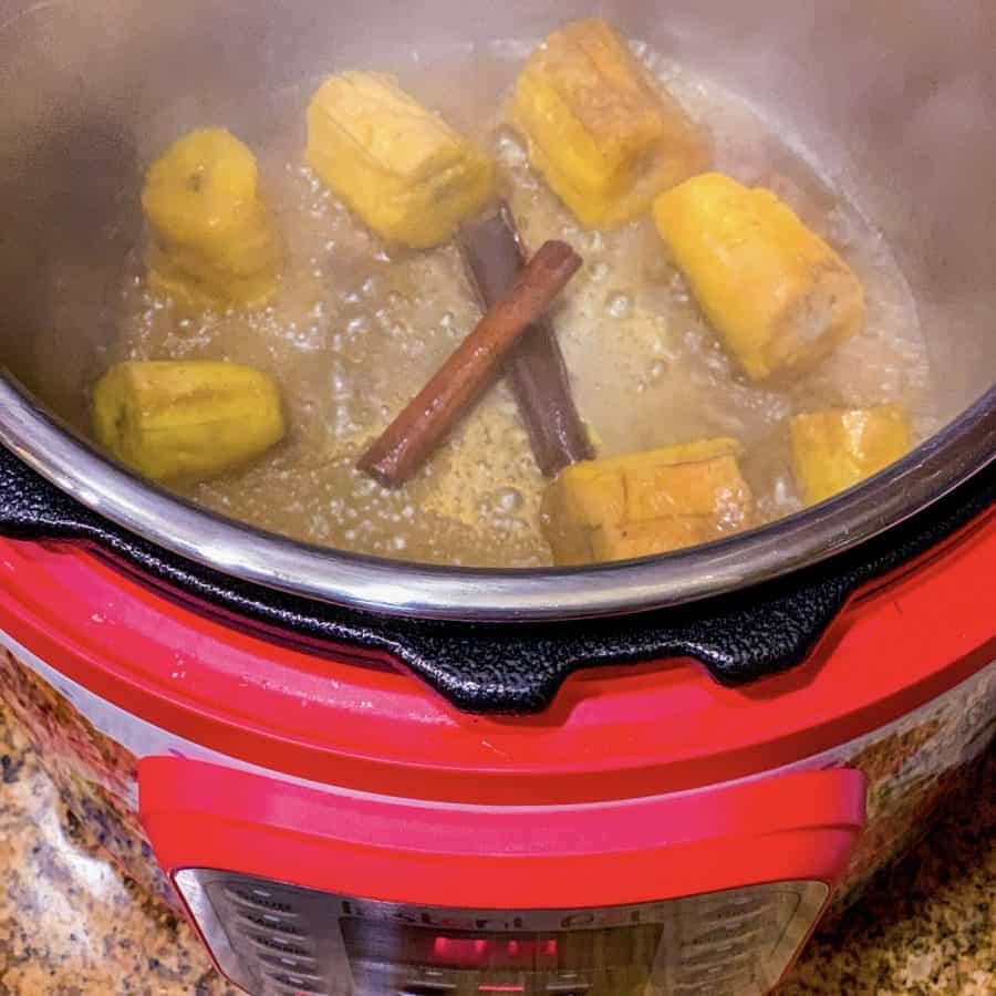 How do you make sweet plantains in an Instant Pot?